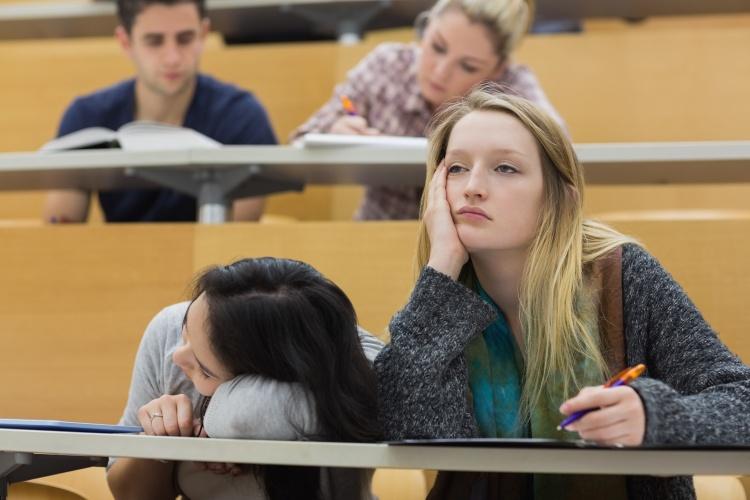 Muchos jóvenes, aun siendo cristianos, muestran gran pereza y desinterés en sus estudios y la vida laboral